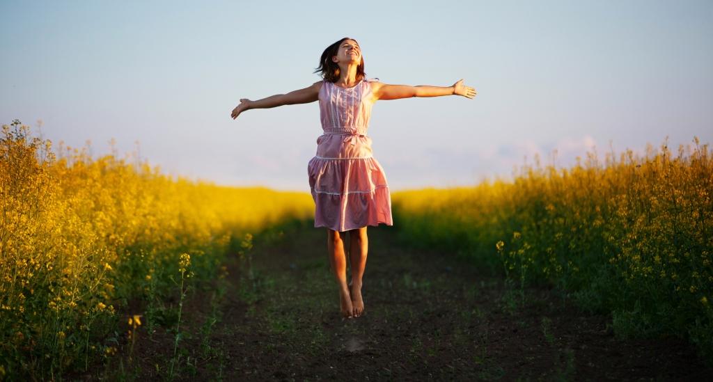 कसरी खुसी रहने यस्ता छन् १४ उपाय