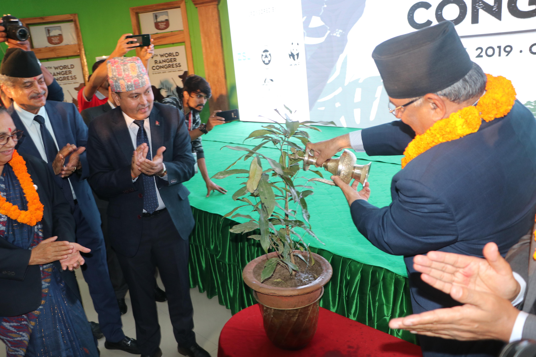 सौराहामा 'नवौं विश्व रेन्जर सम्मेलन' शुरु, ७२ देशका साढे ५ सय रेन्जर सहभागी, प्रचण्डद्धारा उद्धघाटन