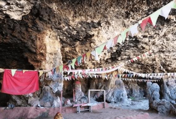पर्यटकीय तथा धार्मिक सम्भावना बोकेको भुमेश्वर गुफा ओझेलमा